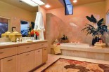 Oahu Lani - Mahina Suite Bathroom