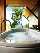 Qualia - Bath & View