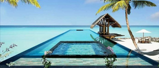 Reethi Rah - The Beautiful Pool