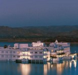 Taj Lake Palace Hotel evening